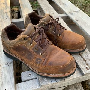 Cabelas leather casual shoes